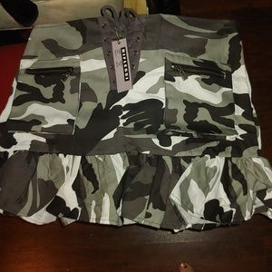 Dresses & Skirts - Camouflage mini skirt